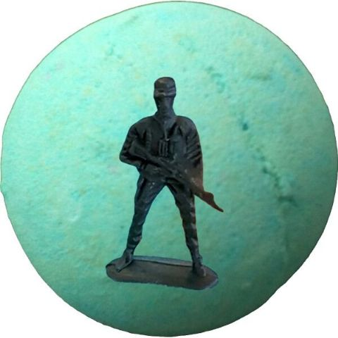 Buried Treasure Bath Bomb with Toy Soldier Inside